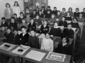 generacija 1958 6-ti razred (razrednica Marija Prespljanin, nastavnica likovnog Ljubica Bošnjak)