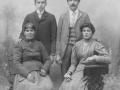 1906 - Stana Mršić, Jakov Mršić, Gennaro Dell'orco, Marija Dell'orco (rođ. Mršić), (privatna zbirka M. Bakočević iz Zadra)