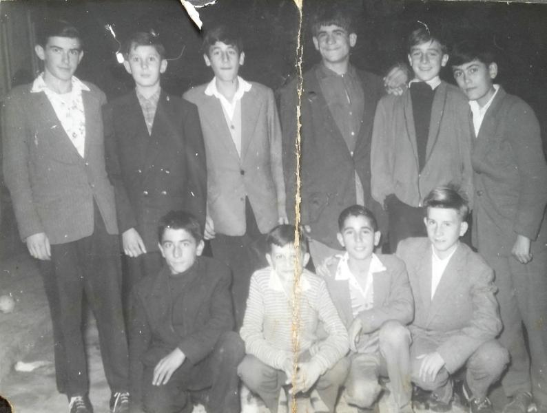 50-ih-Petar-Stopa-Jovo-Mlinar-Ratko-Pršo-i-ekipa-i-ekipa-min