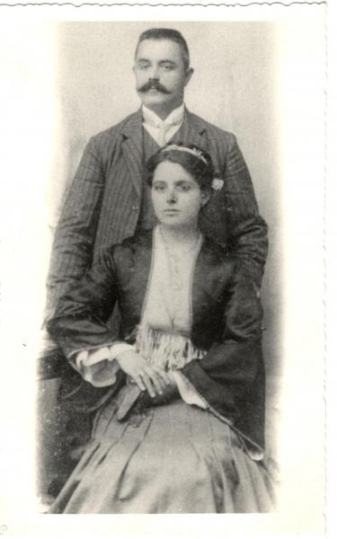 Brkic-Stevan-i-Milica-rodj-Kovacevic-1906-fotografija-sa-veridbe-Zbirka-dr.-Srđana-Brkića-iz-Beograda-2-min