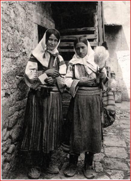 Obrovčanke-1903.-foto-dr.-Radivoj-Simonović-8-min