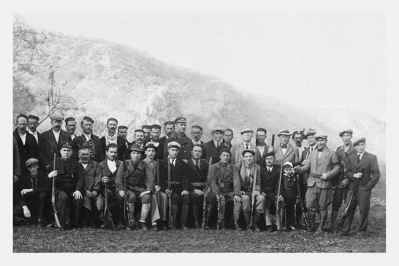 Obrovački-lovci-HR-DAZD-385-zbirka-fotografija-min