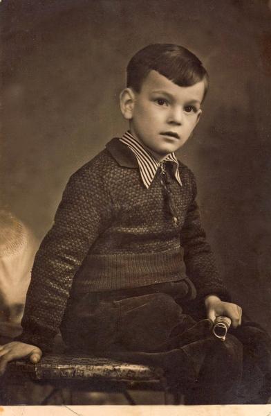 Zvonko-Festini-glumac-dramaturg-08.-10.-1937.-28.-10.-2015.-privatna-zbirka-R.-Festini-min