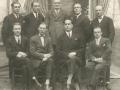 Obrovački sud - gore u sredini pred. suda Luković, gore desno A. Miočević i dolje desno S. Tripalo (privatna zbirka M. Bakočević iz Zadra)
