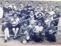 Obrovački tamburaši s nastavnicom D. Lugarov (privatna zbirka M. Dupor)